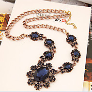Naisten Statement kaulakorut Kristalli Flower Shape Sunflower-valoefekti Gemstone Metalliseos MuotiVaalean sininen Tumman harmaa