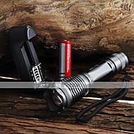 LED taskulamput Käsivalaisimet LED 2000 Lumenia 5 Tila Cree XM-L T6 Säädettävä fokus Vedenkestävä Zoomable varten