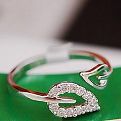 Női Karikagyűrűk Szív minimalista stílusú Menyasszonyi jelmez ékszerek Kocka cirkónia Ötvözet Leaf Shape Ékszerek Kompatibilitás Esküvő
