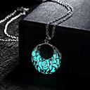 preiswerte Halsketten-Damen Hohl Anhängerketten - Halbmond leuchtend Grün, Blau, Hellblau Modische Halsketten Schmuck Für Hochzeit, Party, Alltag