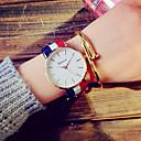 preiswerte Damenuhren-Damen Modeuhr Kleideruhr Quartz Armbanduhren für den Alltag Stoff Band Analog Retro Weiß / Blau / Rot - Rot Blau Rosa