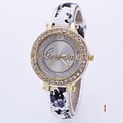 Mujer Reloj de Moda / Simulado Diamante Reloj Gran venta Piel Banda Encanto Múltiples Colores