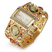 Mujer Cuarzo Reloj Pulsera Japonés La imitación de diamante Aleación Banda Lujo / Destello / Elegant / Moda Dorado