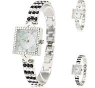Frauen-Legierung Analog Quarz Armband Uhr (verschiedene Farben)