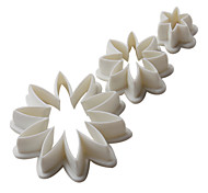 DIY Daisy Pattern Cake and Cookies Cutter Mold (3 Pieces)