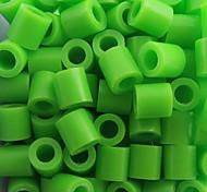 Недорогие -около 500 шт / мешок 5мм зеленый лайм бисер предохранителей Hama бисер DIY головоломки Ева материал Сафти для детей ремесла