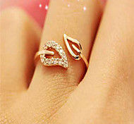 cheap -Cubic Zirconia / Rhinestone / Gold Plated Leaf - 1pc Simple / Basic / Fashion Gold / Silver Ring For Date / Daily Wear