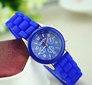 cheap -Women's Quartz Wrist Watch Casual Watch Silicone Band Charm Casual Fashion Black Blue Red Green Pink Purple Yellow Beige Rose