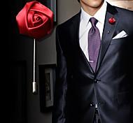Недорогие -Муж. Жен. Броши Кристалл Мода Сплав Розы Цветы Красный Синий Розовый Винный Светло-синий Бижутерия Назначение Свадьба Для вечеринок День