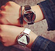cheap -Men's / Women's / Couple's Skeleton Watch Hollow Engraving PU Band Charm / Fashion Black / White