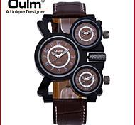 Недорогие -Oulm Муж. Армейские часы Кварцевый С тремя часовыми поясами Натуральная кожа Группа Роскошь Cool Черный Коричневый