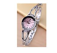 Mulheres Bracele Relógio Simulado Diamante Relógio Quartzo / Rosa Folheado a Ouro Aço Inoxidável Banda Prata