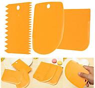 3Piece/Set Cream Scraper Knife Decorating Tool Cake Plastics Multi-function Baking Tool Random Color