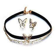 May Polly The new fashion Butterfly Necklace Earrings Jewelry Set