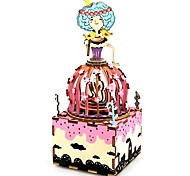 Набор для творчества музыкальная шкатулка Игрушки Лебедь Мультяшная тематика Дерево Куски Для детей Универсальные День рождения День