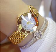 Недорогие -Жен. Наручные часы Японский Нержавеющая сталь Группа Кулоны Серебристый металл / Золотистый