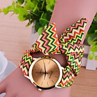 Недорогие Женские часы-Жен. Часы-браслет Модные часы Кварцевый Повседневные часы Материал Группа Кулоны Разноцветный
