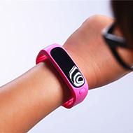 Недорогие Браслеты и трекеры для активного образа жизни-Жен. Наручные часы Смарт Часы Спортивные часы Цифровой Секундомер Защита от влаги Пульт управления Педометры Фосфоресцирующий Хронометр