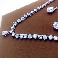 abordables -Mujer Zirconia Cúbica Conjunto de joyas Zirconio, Zirconia Cúbica Incluir Plata Para Fiesta / Pendientes / Collare
