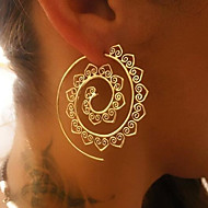 cheap Jewelry & Watches-Women's Hoop Earrings - Vintage / Sexy Gold / Silver Round / Waves Earrings For Christmas / Wedding / Party