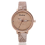 cheap -Women's Dress Watch / Wrist Watch Chinese New Design / Casual Watch / Imitation Diamond PU Band Fashion / Elegant Black / White / Brown