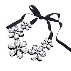 preiswerte Halsketten-Damen Kristall Statement Ketten - Kubikzirkonia Blume Modisch Schwarz, Silber, Kaffee Modische Halsketten Für Besondere Anlässe, Geburtstag, Geschenk
