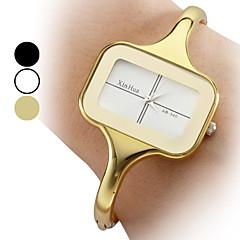 pentru Doamne Ceas La Modă Ceas Brățară Quartz Aliaj Bandă Brățară rigidă Elegant Auriu Auriu Alb Negru