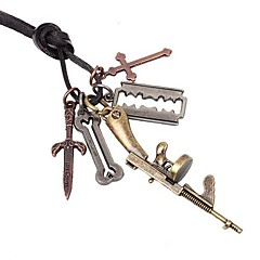 Недорогие Ожерелья-Ожерелье Ожерелья с подвесками Бижутерия Повседневные Крестообразной формы Сплав Кожа Подарок Коричневый