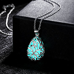 Недорогие Женские украшения-Жен. Ожерелья с подвесками - Свисающие, Цветы резной, Светящийся Зеленый, Синий, Светло-синий Ожерелье Назначение Свадьба, Для вечеринок, Повседневные