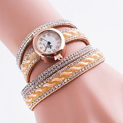 preiswerte Damenuhren-Damen Armband-Uhr Simulierter Diamant Uhr Quartz Armbanduhren für den Alltag Imitation Diamant PU Band Analog Böhmische Modisch Mehrfarbig - Rosa Hellbraun Leicht Grün