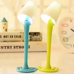 billiga Originella LED-lampor-kreativa lampa kulspetspenna härlig kväll ljus form rolig plast elev penna med ligh natt ramdon färg