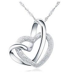 Naisten Riipus-kaulakorut Heart Shape Metalliseos Love Heart pukukorut Korut Käyttötarkoitus Party Syntymäpäivä Päivittäin