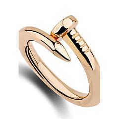 preiswerte Ringe-Damen Bandring Ring - Personalisiert, Einzigartiges Design, Simple Style 6 / 7 / 8 Silber / Golden Für Jahrestag Geburtstag Herzliche Glückwünsche