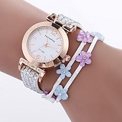 お買い得  レディース腕時計-女性用 ブレスレットウォッチ 中国 模造ダイヤモンド / カジュアルウォッチ PU バンド 花型 / ファッション ブラック / 白 / ブルー