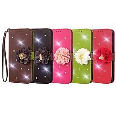 Недорогие Чехлы и кейсы для LG-Кейс для Назначение LG V30 / K5 Кошелек / Бумажник для карт / Стразы Чехол Однотонный / Цветы Твердый Кожа PU для LG V30 / LG K10 / LG K7