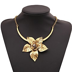 abordables Collares-Mujer Clásico Collares con colgantes - Flor Elegante, Clásico Dorado, Plata 40+7 cm Gargantillas Joyas 1pc Para Diario