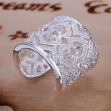 Kadın's İfadeli Yüzükler manşet Yüzük Lüks Eşsiz Tasarım Aşk Gelin Zarif Som Gümüş Yapay Elmas Kalp Mücevher Düğün Parti Yıldönümü