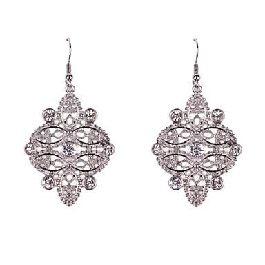 Cercei Picătură bijuterii de lux Ștras imitație de diamant Aliaj Bijuterii Pentru Petrecere Zilnic Casual Sport