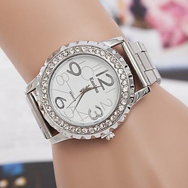 yoonheel Femme Montre Bracelet Designers / Imitation de diamant / Suisse Métallique Bande Charme / Décontracté / Mode Argent / Doré / Or Rose / Un ans / SODA AG4