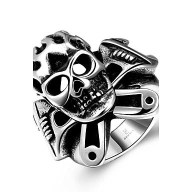 Yüzük Paslanmaz Çelik Skull shape Punk Tarzı Moda Gümüş Mücevher Halloween Günlük Spor 1pc