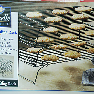 pl t g teau de pr sentation pain g teau petit g teau cupcake tarte pizza de 4985221. Black Bedroom Furniture Sets. Home Design Ideas