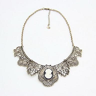 Γυναικεία Κολάρα Κολιέ Δήλωση Flower Shape Προσομειωμένο διαμάντι Κράμα Φλοράλ Κοσμήματα Για Καθημερινά Causal