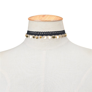 Naisten Risti Muuta Roikkuva Vintage Euramerican minimalistisesta Muoti Eurooppalainen Choker-kaulakorut Korut Pitsi Kupari
