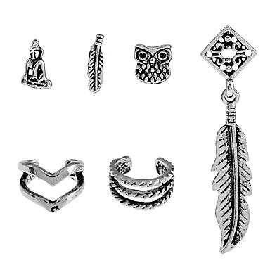 Pentru femei Cercei Stud Modă Gotic Aliaj Bijuterii Club Stradă Costum de bijuterii