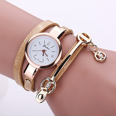 Women's Casual Watch Bracelet Watch Simulated Diamond Watch Quartz Quilted PU Leather Black / White / Blue Casual Watch Imitation Diamond Analog Ladies Casual Fashion - Brown Red Green One Year