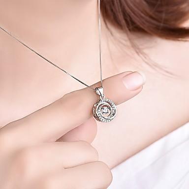 billige Mode Halskæde-Dame Kvadratisk Zirconium 3D Vedhæng Damer Stilfuld Klassisk Sølv Halskæder Smykker 1pc Til Forlovelse Daglig