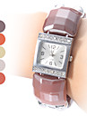 Women's Fashion Style Plastic Analog Quartz Bracelet Watch (Assorted Colors)