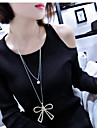 Женский Ожерелья с подвесками Стразы Имитация Алмазный Сплав В форме банта Двойной слой Мода Серебряный БижутерияДля вечеринок